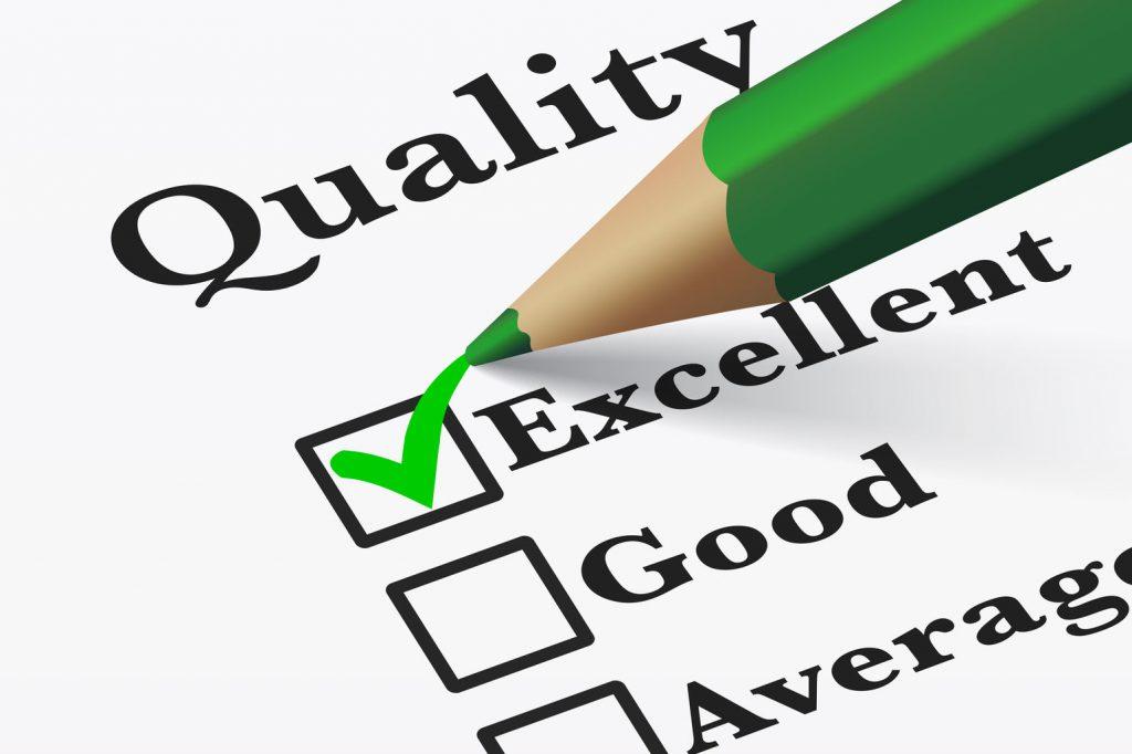 """nico europe info qualität quality checkliste qualität, grüner stift macht haken bei """"exzellent"""""""